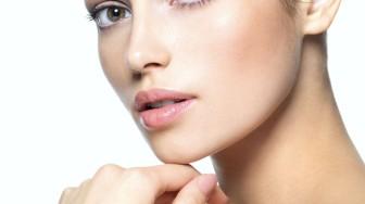 2. Préparer sa peau avant l'été: gommer avec le laser